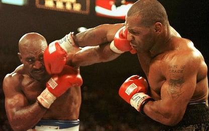 Boxe, Holyfield lancia la sfida a Tyson