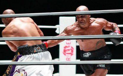 Tyson vs Jones,  le repliche dell'incontro su Sky