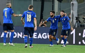 Italy's midfielder Stefano Sensi (R) celebrates with his teammates after scoring during the UEFA National League soccer match between Italy and Bosnia-Herzegovina at the Artemio Franchi stadium in Florence, Italy, 4 September 2020ANSA/CLAUDIO GIOVANNINI