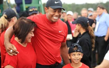 Woods e l'allievo speciale, in campo col figlio