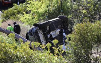 """Palos Verdes, CA  - Tiger Woods was hospitalized following a serious single-car accident in L.A. County on this morning. According to a statement from the LA Sheriff's Dept., Tiger was extricated from the wreck with the jaws of life. The single-vehicle roll-over traffic collision occurred on the border of Rolling Hills Estates and Rancho Palos Verdes,"""" officials say. Law enforcement officials are seen at the area continuing their investigation.Pictured: Tiger Woods Accident Crash SceneBACKGRID USA 23 FEBRUARY 2021 USA: +1 310 798 9111 / usasales@backgrid.comUK: +44 208 344 2007 / uksales@backgrid.com*UK Clients - Pictures Containing ChildrenPlease Pixelate Face Prior To Publication*"""