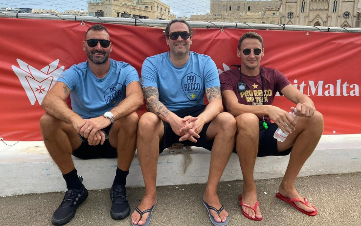 Il presidente della Pro Recco Maurizio Felugo, il vice allenatore Giacomo Pastorino e l'allenatore Sandro Sukno