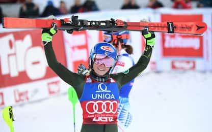 Mikaela Shiffrin domina lo slalom di Lienz