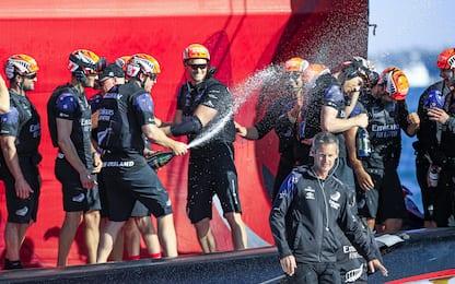 Champagne e abbracci: New Zealand, che festa! FOTO