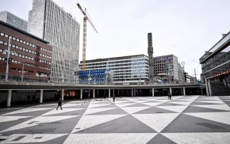 A picture taken on March 23, 2020 shows a view of the deserted Sergel's Torg square in central Stockholm due to the measures taken to limit the spread of the coronavirus. (Photo by ALI LORESTANI / TT NEWS AGENCY / AFP) / Sweden OUT (Photo by ALI LORESTANI/TT NEWS AGENCY/AFP via Getty Images)