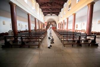 Sanificazione nella chiesa di Santa Galla a Circonvallazione Ostiense, durante lÕemergenza Coronavirus. Roma. 14 maggio 2020ANSA/MASSIMO PERCOSSI