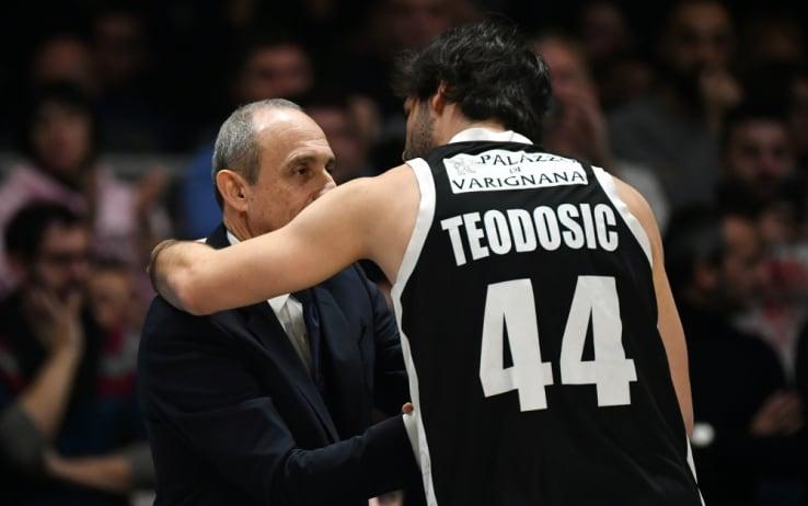 L'abbraccio fra Teodosic e Messina