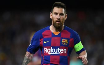 BARCELONA, SPAIN - OCTOBER 02: Lionel Messi of FC Barcelona looks on during the UEFA Champions League group F match between FC Barcelona and Inter at Camp Nou on October 02, 2019 in Barcelona, Spain. (Photo by Etsuo Hara/Getty Images)