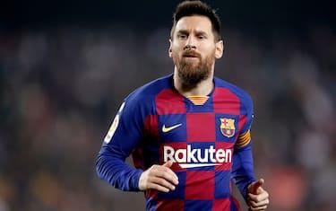 BARCELONA, SPAIN - OCTOBER 29: Lionel Messi of FC Barcelona  during the La Liga Santander  match between FC Barcelona v Real Valladolid at the Camp Nou on October 29, 2019 in Barcelona Spain (Photo by Jeroen Meuwsen/Soccrates/Getty Images)