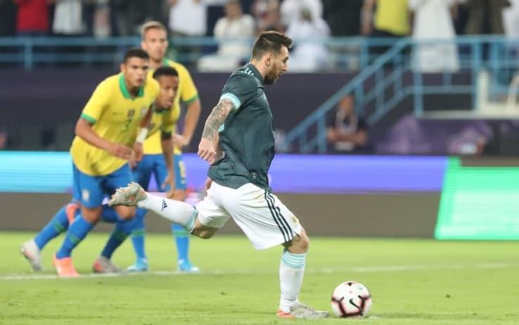 Brasile-Argentina 0-1: Messi torna ed è decisivo. Lautaro in campo ...