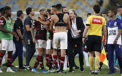 Flamengo-Vasco, Gabigol aggredito in campo. VIDEO