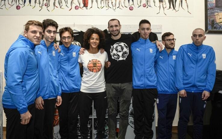 Sara Gama e Giorgio Chiellini e i ragazzi di Insuperabili Onlus Reset Academy