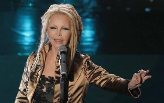 Italian singer Patty Pravo performs on stage at the Ariston theatre during the 69th Sanremo Italian Song Festival, Sanremo, Italy, 08 February 2019. The festival runs from 05 to 09 February.   ANSA/RICCARDO ANTIMIANI