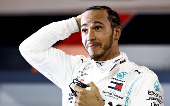 BAHRAIN, BAHRAIN - MARCH 31: Race winner Lewis Hamilton of Great Britain and Mercedes GP celebrates in parc ferme during the F1 Grand Prix of Bahrain at Bahrain International Circuit on March 31, 2019 in Bahrain, Bahrain. (Photo by Will Taylor-Medhurst/Getty Images)