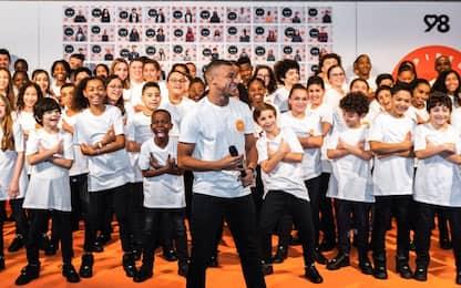 Mbappé lancia la sua associazione per bambini
