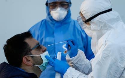 In Italia 2.339 nuovi contagi, 766 vittime in più