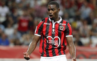 epa06944264 Wylan Cyprien of OGC Nice reacts during the French Ligue 1 soccer match between OGC Nice and Reims at the Allianz Riviera stadium, in Nice, France, 11 August 2018.  EPA/SEBASTIEN NOGIER