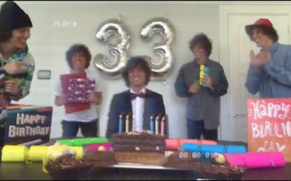 Compleanno a casa, David Luiz si fa in 5. VIDEO