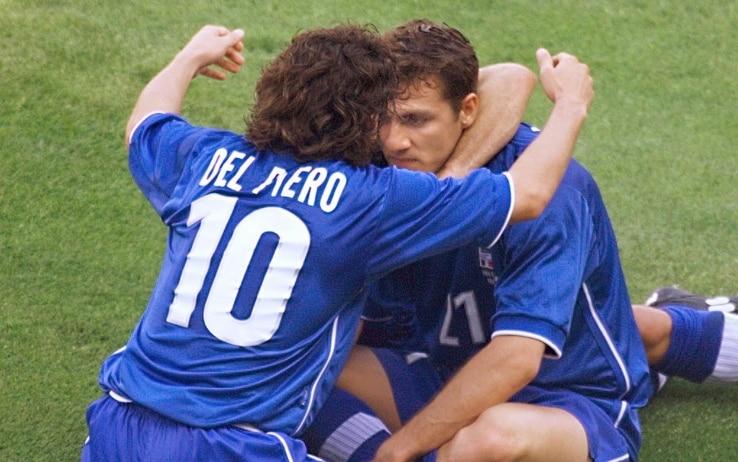 L'esultanza di Vieri e Del Piero a Marsiglia
