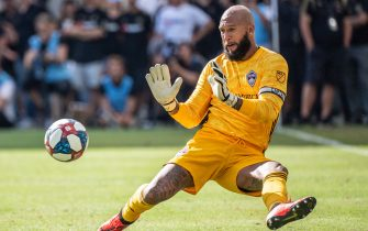 LOS ANGELES, CA - OCTOBER 6: Tim Howard #1 of Colorado Rapids makes the final save of his career during Los Angeles FC's MLS match against Sporting Kansas City at the Banc of California Stadium on October 6, 2019 in Los Angeles, California. Los Angeles FC won the match 3-1 (Photo by Shaun Clark/Getty Images)