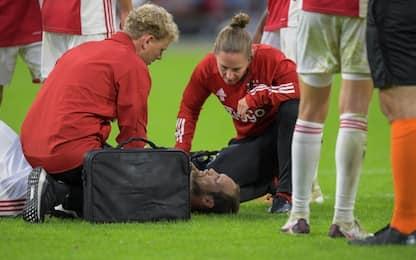 Paura per Blind: malore durante Ajax-Hertha