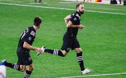 Primo gol in Mls per Higuain: che punizione! VIDEO