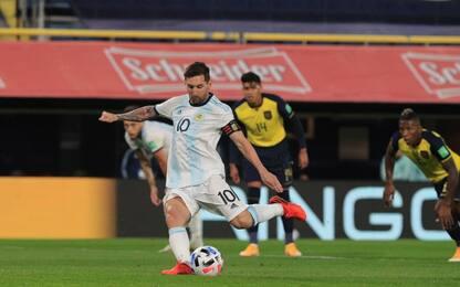 Messi segna, Argentina ok. Polemiche Uruguay-Cile