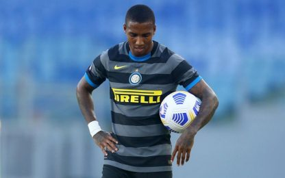Inter, Ashley Young negativo al tampone