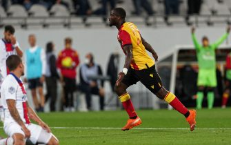 LENS, FRANCE - SEPTEMBER 10: Ignatius Ganago of RC Lens  celebrates after scoring his teams first goal during the Ligue 1 match between RC Lens and Paris SG (PSG) at Stade Felix Bollaert on September 10, 2020 in Lens, France. (Photo by Sylvain Lefevre/Getty Images)