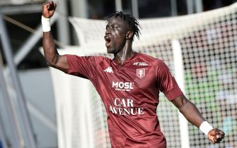Metz' Senegalese forward Ibrahima Niane celebrates after scoring a goal during the French L1 football match between Metz (FCM) and Reims at the Saint-Symphorien Stadium in Longeville-les-Metz, eastern France, on September 20, 2020. (Photo by JEAN-CHRISTOPHE VERHAEGEN / AFP) (Photo by JEAN-CHRISTOPHE VERHAEGEN/AFP via Getty Images)