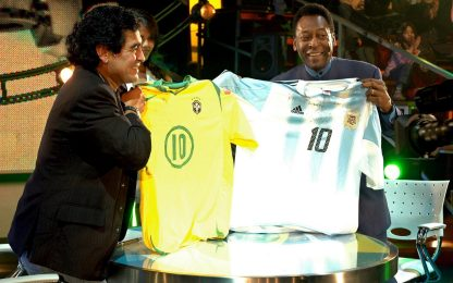 """Maradona, gli auguri di Pelé: """"Ti sosterrò sempre"""""""