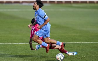FUENLABRADA, SPAIN - JUNE 12: Iban Salvador of Fuenlabrada competes for the ball with Luis Perez of Tenerife during the La Liga SmartBank match between Fuenlabrada and Tenerife at Estadio Fernando Torres on June 12, 2020 in Fuenlabrada, Spain. (Photo by Diego Souto/Quality Sport Images/Getty Images) (Photo by Quality Sport Images/Getty Images)