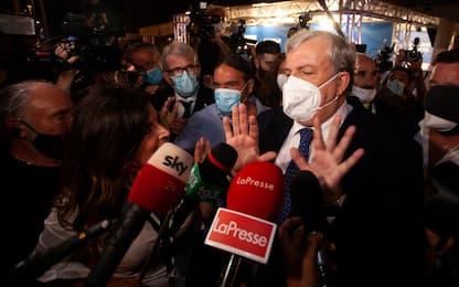 Puglia, presidente Emiliano chiude le scuole