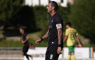 MAFRA, PORTUGAL - SEPTEMBER 1:  Hugo Almeida of Academica Coimbra during the Liga Pro match between CD Mafra and Academica Coimbra at Estadio do Parque Desportivo Municipal de Mafra on September 1, 2019 in Mafra, Portugal.  (Photo by Gualter Fatia/Getty Images)