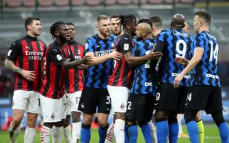 AC Milan and Fc Inter's players reacts   during the Italian cup quarter final soccer match  between FC Inter and AC Milan at Giuseppe Meazza stadium in Milan 26 January  2021.ANSA / MATTEO BAZZI