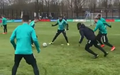 Feyenoord, il torello che sembra un flipper