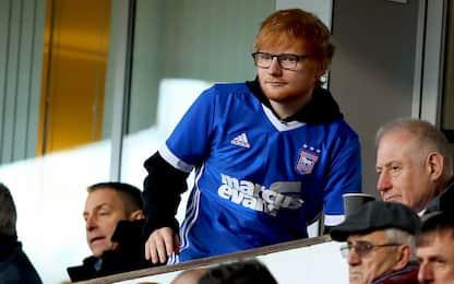 Ed Sheeran in campo: sarà sponsor dell'Ipswich