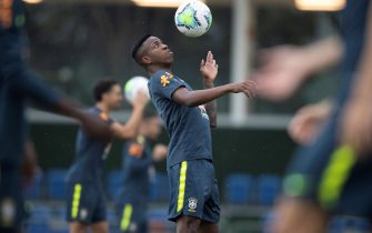 epa08814784 A handout photo made available by the Brazilian Soccer Confederation (CBF) shows Vinicius Jr of the Brazilian soccer team while participating in a training session, at the Comary Farm, in Teresopolis, Brazil, 11 November 2020. Brazil will face Venezuela for the qualifying rounds of the Qatar 2022 World Cup, on 13 November 2020.  EPA/Lucas Figueiredo CBF HANDOUT  HANDOUT EDITORIAL USE ONLY/NO SALES