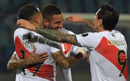 Lapadula show col Peru, il Brasile vince al 100'