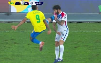 Gabriel Jesus, che fallo! Espulso in Brasile-Cile
