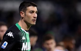 Federico Peluso of Sassuolo during the Serie A match at Mapei Stadium - Cittˆ del Tricolore, Sassuolo. Picture date: 22nd December 2019. Picture credit should read: Jonathan Moscrop/Sportimage via PA Images