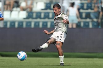 EMPOLI, ITALY - SEPTEMBER 11: Antonio Junior Vacca of Venezia FC in action during the Serie A match between Empoli FC and Venezia FC at Stadio Carlo Castellani on September 11, 2021 in Empoli, Italy.  (Photo by Gabriele Maltinti/Getty Images)