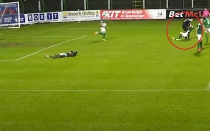 Portiere aggredisce un compagno dopo gol subito