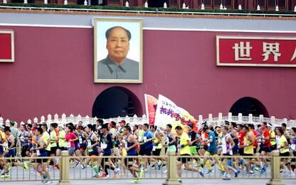 Cina, casi in rialzo: rinviata maratona di Pechino
