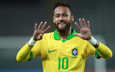 Brazil's Neymar celebrates after scoring a penalty against Peru during their 2022 FIFA World Cup South American qualifier football match at the National Stadium in Lima, on October 13, 2020, amid the COVID-19 novel coronavirus pandemic. (Photo by Daniel APUY / various sources / AFP) (Photo by DANIEL APUY/AFP via Getty Images)