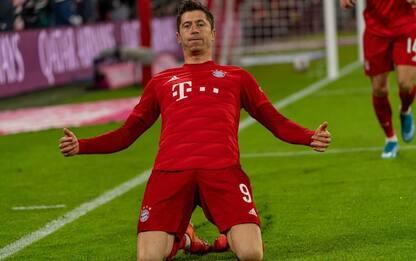 Lewandowski da record, sempre in gol in Bundesliga