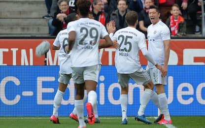 Bayern, 4-1 e ritorno in vetta. Pari Schalke