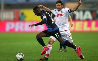 epa08275343 Paderborn's Christopher Antwi-Adjei (L) in action against Cologne's Jonas Hector (R) during the German Bundesliga soccer match between SC Paderborn and FC Cologne in Paderborn, Germany, 06 March 2020.  EPA/FRIEDEMANN VOGEL CONDITIONS - ATTENTION: The DFL regulations prohibit any use of photographs as image sequences and/or quasi-video.
