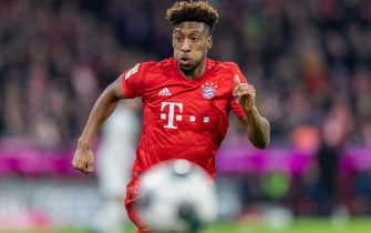 MUNICH, GERMANY - FEBRUARY 09: Kingsley Coman of FC Bayern Muenchen runs with the ball during the Bundesliga match between FC Bayern Muenchen and RB Leipzig at Allianz Arena on February 09, 2020 in Munich, Germany. (Photo by Boris Streubel/Getty Images)