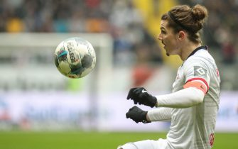 epa08163576 Leipzig's Marcel Sabitzer in action during the German Bundesliga soccer match between Eintracht Frankfurt and RB Leipzig in Frankfurt Main, Germany, 25 January 2020.  EPA/ARMANDO BABANI CONDITIONS - ATTENTION: The DFL regulations prohibit any use of photographs as image sequences and/or quasi-video